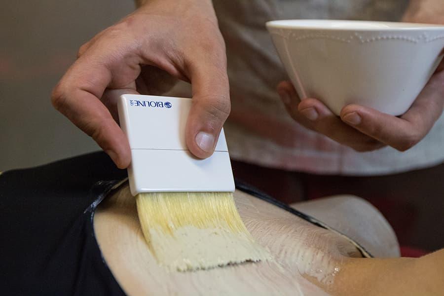 Питательное  обертывание с экстрактами миндаля и лотоса